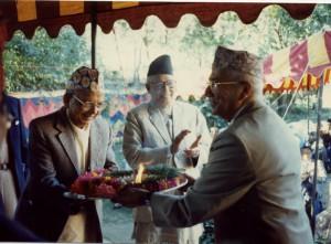 २०५२ सालको मदन पुरस्कारद्वारा सम्मानित 'योजन गन्धा'का स्रस्टा श्री विनोेदप्रसाद धिताल